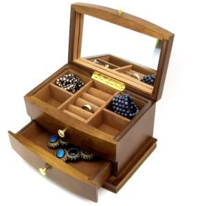 szkatułka biżuteria