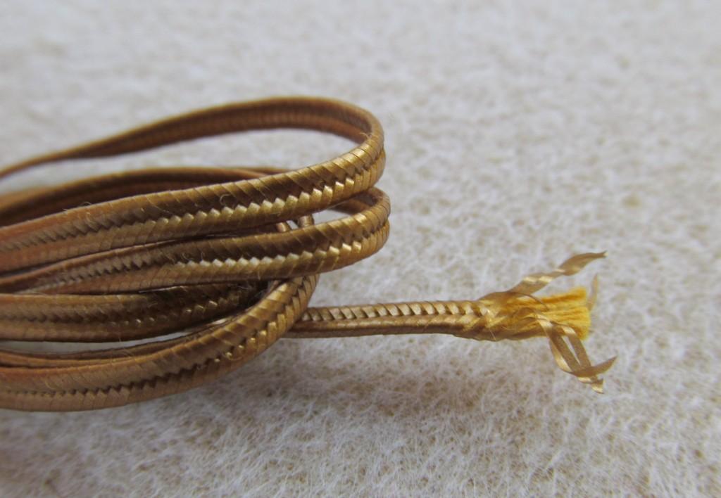 Beadsmith -metalizowany gładki