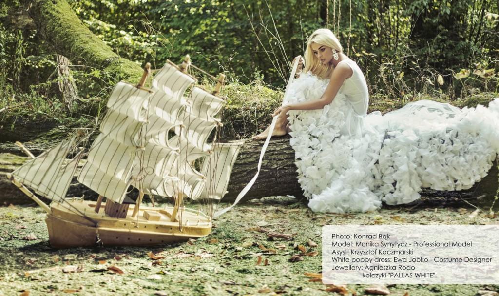 18 Agnieszka Rodo Pallas White Kartka z kalendarza Royal-Stone