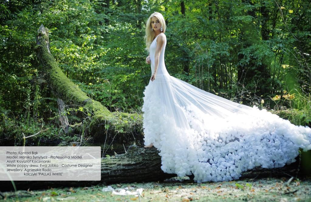 19 Agnieszka Rodo Pallas White Kartka z kalendarza Royal-Stone