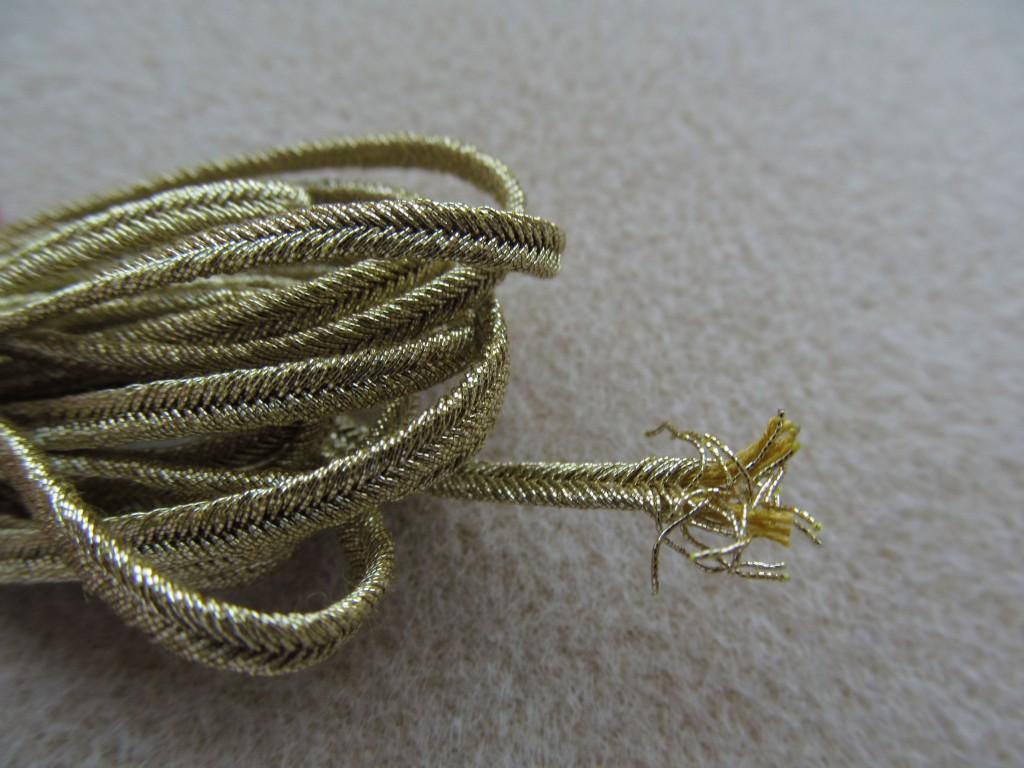 sznurek metalizowany pega przędza