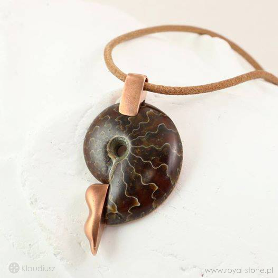 Klaudiusz_eon_amonit_ammonite_pendant_Royal-Stone