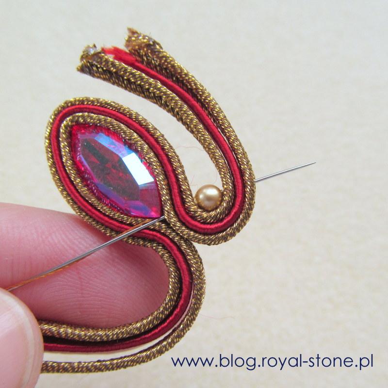 W ślimaki wszywamy perły Swarovski 3mm