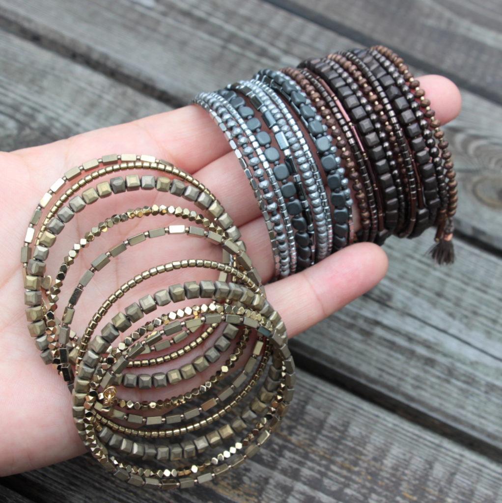 bransoletki z hematytu na drucie pamięciowym