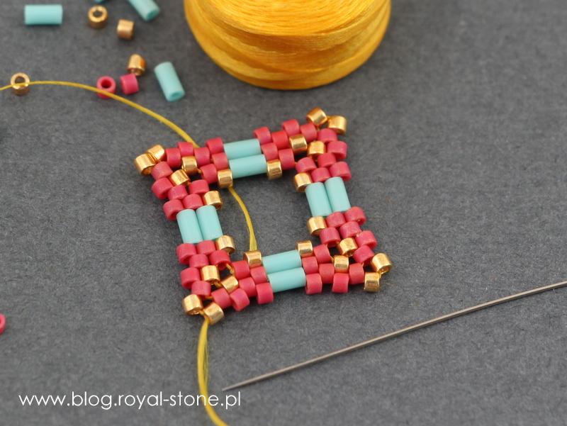 Obszywanie kryształka Rivoli w kwadratową oprawę z koralików - tutorial.
